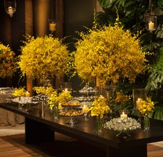 Blue and yellow decorations. Wedding shower ideas...hmmm we could do ...