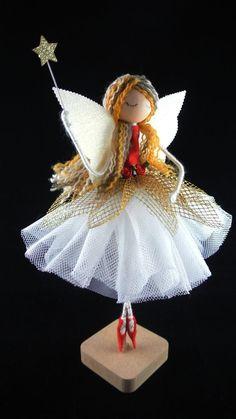 Christmas Fairy, Christmas Tree Toppers, Handmade Christmas, Christmas Crafts, Wood Peg Dolls, Clothespin Dolls, Making Dolls, Fairy Tree, Fairy Crafts