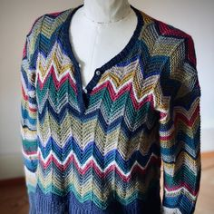 My Missoni -like Cashmere sweater is finished! Missoni, Chevron, Knitting Kits, Cashmere Sweaters, Men Sweater, It Is Finished, How To Make, Handmade, Tops