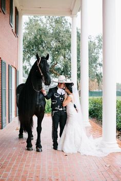 Boots for the bride? Yes, boots can be a great and even classy option for a modern bride. In this article we will examine how. Mariachi Wedding, Charro Wedding, Horse Wedding, Wedding Bride, Dream Wedding, Mexican Wedding Traditions, Mexican Weddings, Mexican Wedding Dresses, Country Weddings