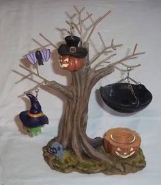 Yankee Candle Halloween Tree Candle Warmer BAT Witch Jack O Lantern Diy Candle Holders, Diy Candles, Yankee Candles, Halloween Trees, Happy Halloween, Yankee Candle Halloween, Tart Warmer, Wax Burner, Candle Warmer