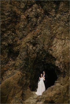 Couples photos in Oceanside Oregon by Portland Wedding Photographer Katy Weaver