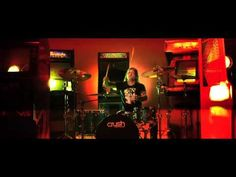 EMMURE KEEPS STARDOM UNDER THE LIMELIGHT http://punkpedia.com/punk-rock-bands/emmure-keeps-stardom-under-the-limelight-6964/