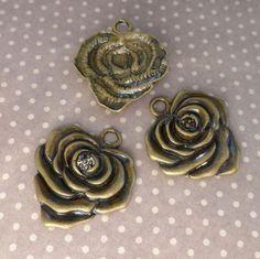15 pcs Antique bronze flower floral pendant charm #Unbranded
