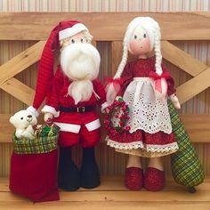 Art Christmas Gifts, Handmade Christmas, Christmas Decorations, Christmas Ornaments, Holiday Decor, Soft Sculpture, Fabric Dolls, Beautiful Dolls, Reindeer