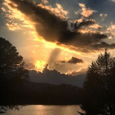 Hiawassee, #Georgia sunset. #ExploreGeorgia [Photo by @twotreescreative]