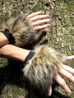 Furry FOx CUffs -- Faux Fur Wrisrt Cuffs -- Brown // Tan // Black -- Costume accessory Unisex -- animal fox cosplay festivals hula hoop