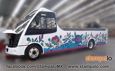 Rotulación de vehículos empresariales o utilitarios con vinilo para Autobuses King. Más información www.stampalo.com