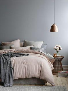 Comfy Scandinavian Bedroom Interior Design - Page 17 of 35 Gray Bedroom Walls, Silver Bedroom, Grey Room, Dusky Pink Bedroom, Pink And Grey Bedding, Black Bedding, Small Bedroom Designs, Modern Bedroom Design, Scandinavian Bedroom