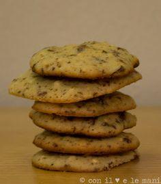 i in forno a microonde Biscotti semplici e veloci, si fa prima a farli che a pensarli! Segnatevi questa ricetta, per quando avrete ospiti i...