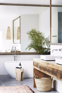 Master ensuite: The recycled timber vanity by Bernie & Co picks up the warm tones of the Tigmi Trading woven rug and Bisque Interiors stool. Step inside this relaxed all white Byron Bay home with upcycled details Photography: Alicia Taylor Bad Inspiration, Bathroom Inspiration, Interior Inspiration, Inspiration Boards, Interior Ideas, Home Interior, Bathroom Interior, Dyi Bathroom, Bathroom Mirrors