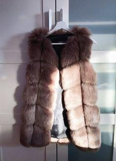 Kupuj mé předměty na #vinted http://www.vinted.cz/damske-obleceni/kozichy/14653134-krasny-hnedy-kozisek-a-vesticka