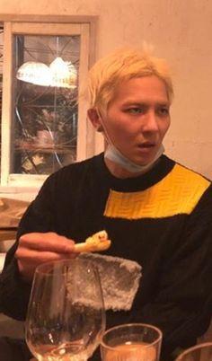 """He's face is such a meme 🤣🤣"" Winner Meme, Mino Winner, Meme Faces, Funny Faces, Kang Seung Yoon, Song Minho, Rap Lines, Korean Group, Reaction Pictures"