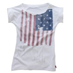 Levis Girl's Lara T-Shirt - White 16 Years - £22 from More than Sport