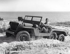 "LOOK AT MY WILLYS on Twitter: ""Experimental 3/4 ton 6x6 Willys Jeep ' MT-TUG' at Camp Gordon Johnston, Florida on 1943-01-15 @PortrayalPress http://t.co/bJcGbWZ4jM"""