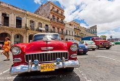 Drive an oldtimer in Cuba