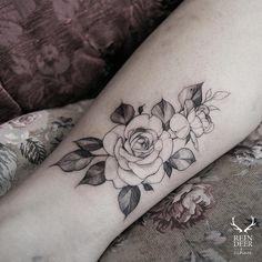 "10.9k Likes, 60 Comments - Reindeer Ink  Zihwa (@zihwa_tattooer) on Instagram: ""Rose """