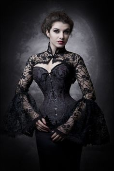 20 Magnetic Gothic Steampunk Women Costumes - Steampunko ~ I LOVE the bolero here! Steampunk Mode, Gothic Steampunk, Steampunk Fashion, Gothic Corset, Black Corset, Victorian Gothic Fashion, Burlesque Corset, Gothic Chic, Dark Gothic