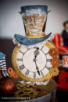 Steampunk Alice - Cake by Sweet Janis - CakesDecor