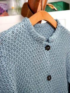 Nu du selv strikke en sød jakke med kinaflip.