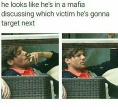 I don't like smoking, but Louis is the one person who can make smoking look appealing...fuckkk