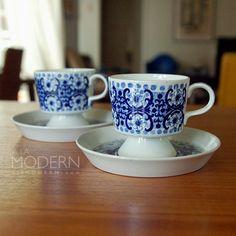 2 Arabia Finland Ali Demitasse Cups and Saucers Vintage