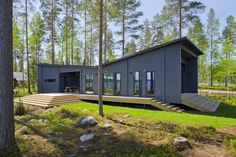 HUILI - Prefab building / wooden / energy-efficient / contemporary by Honka Log Homes Modern Bungalow House Plans, House Plans Uk, Modern Cottage, Modern House Design, Prefab Buildings, Prefabricated Houses, Prefab Homes, Log Homes, Bungalows
