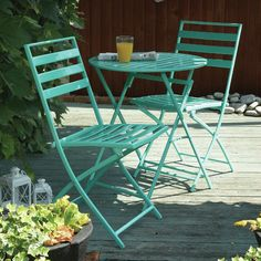 French bistro table in Aqua