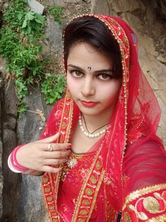 Beautiful Girl Indian, Beautiful Women, Indian Bollywood Actress, Glamorous Makeup, Stylish Girl Pic, India Beauty, Housewife, Girl Face, Girl Pictures