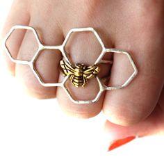 Honey Bee Knuckles Ring Silver by Rachel Pfeffer