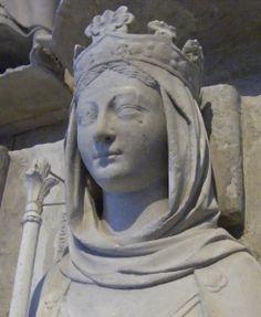 France Paris - St Denis Ermentrude 869 effigy 1263-4