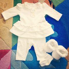 Outfit della mini principessa per la festa della sorella: completo e calzini #chicco scarpine #graindeblè www.mammachegioia.it