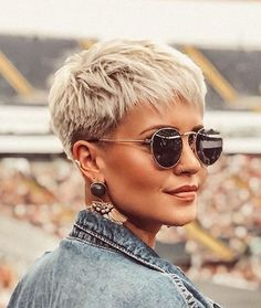 60 Most Flattering Pixie Haircuts For Women Short Hair Styles 2019 Hairstyle Short Grey Hair Flattering Hair Haircuts Hairstyle Pixie Short Styles women Super Short Hair, Short Grey Hair, Medium Short Hair, Short Hair Cuts For Women, Short Hairstyles For Women, Short Hair Styles, Work Hairstyles, Simple Hairstyles, Everyday Hairstyles