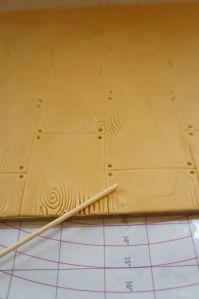 Woodgrain board tutorial - Rosy Cakes