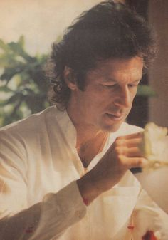 Imran Khan is a cricketer turned politician and leader of the largest political party in Pakistan. He played cricket for 20 years in the late nine Imran Khan Family, Imran Khan Sons, Pti Pakistan, Imran Khan Pakistan, Prince Rahim Aga Khan, Imran Khan Wedding, Imran Khan Cricketer, Reham Khan, Shahid Afridi
