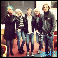 Video & Pics: Happy New Year From R5 January 1, 2014