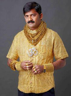 Il porte un t-shirt en or à 23.000$ pour impressionner les filles | golem13 |