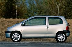 Afbeelding van http://www.parts-specs.nl/photos/0511814-Renault-Twingo-1.2-Cinetic-2001.jpg.