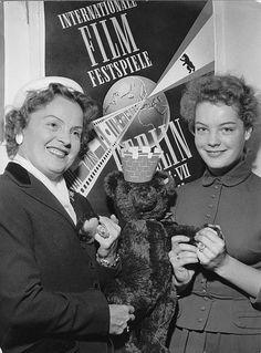 Schneider, Romy (*-+) , Schauspielerin, D, - mit Mutter Magda Schneider, - um 1955