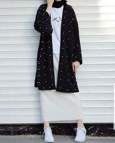 hijab casual rok 60 ideas style hijab casual rok Source by juniushudson. hijab casual rok 60 ideas style hijab casual rok Source by Hijab Casual, Ootd Hijab, Hijab Chic, Hijab Dress, Casual Outfits, Classy Outfits, Casual Hijab Styles, Casual Ootd, Casual Clothes