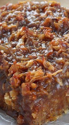 Caramel Coconut Pecan Oatmeal Cake More Karamell-Kokosnuss-Pekannuss-Haferflocken-Kuchen mehr Köstliche Desserts, Delicious Desserts, Yummy Food, Health Desserts, Sweet Recipes, Cake Recipes, Dessert Recipes, Picnic Recipes, Yummy Recipes