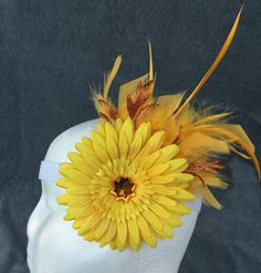 Shasta Daisy yellow amber glitter floral feather hair by fayeven
