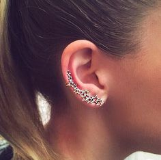 Give the gift of the latest jewelry trend! The rose gold star beroine ear cuff from Kismet by Milka will make a statement this Valentine's Day. Discover more trendy gift ideas at London Jewelers Americana Manhasset. Kismet by Milka #londonjewelers #americana #kismetbymilka #rosegold #earcuff #valentinesday #love #gifts #trendy #jewelry #earrings #unique #statement