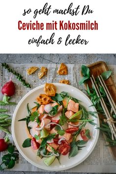 Lachs Ceviche mit Kokosmilch und Koriander - Kochen macht glücklich Catering, Meat, Blog, Fish Dishes, Cilantro, Ceviche Recipe, Salmon, Catering Business, Gastronomia