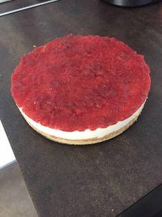 Tarta de queso Philadelphia Tiramisu, Cupcakes, Ethnic Recipes, Food, Microwaves, Chocolate Torte, Cake Recipes, Raspberry, Sweet Recipes