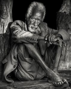"""Trevor Cole on Instagram: """"An elder of the Konso tribe resting in the meeting house reserved for village decision making. The Konso live in fortified villages in the…"""" Decision Making, Christianity, Statue, Ageing, Ethiopia, Live, House, Number, Instagram"""