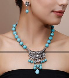 Stone embellished necklace set by Chitra Manohar on Indianroots.com