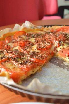 La tarte aux tomates : recette qui déborde de fromage, en hommage à l'enfance de Margaux mais surtout au beau soleil du moment !