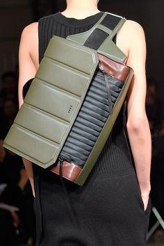 Leather Accessories, Fashion Accessories, Best Bags, Designer Backpacks, Custom Bags, Backpack Bags, Laptop Backpack, Tote Bags, Vintage Handbags