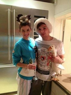 Louis Tomlinson and Eleanor Calder and Gerald the goose Louis stole from Switzerland! One Direction Girlfriends, The Girlfriends, I Love One Direction, Direction Quotes, Louis Tomlinson Eleanor Calder, Louis And Eleanor, Louis Williams, Just Girly Things, 1d And 5sos